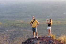 weites (Vulkan-Hinter-) Land
