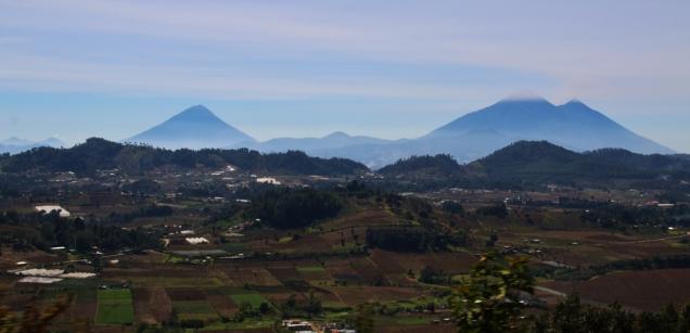 """Auf dem Weg zum """"Lake Atitlán"""" in das Örtchen """"Panajachel"""" in Gutemala"""