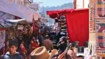 Chichicastenango - zweimal die Woche gibt es dort einen bunten Markt